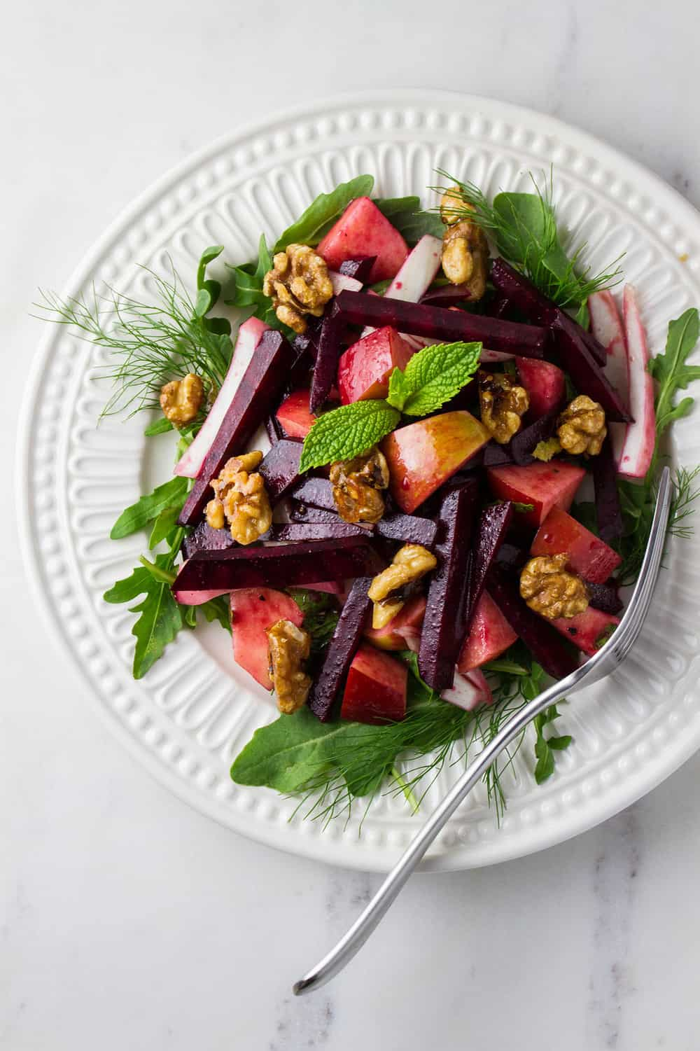 APPLE, BEET & FENNEL SALAD + BALSAMIC MAPLE-DIJON VINAIGRETTE