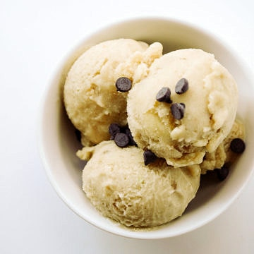 banana coconut ginger ice cream in a white bowl