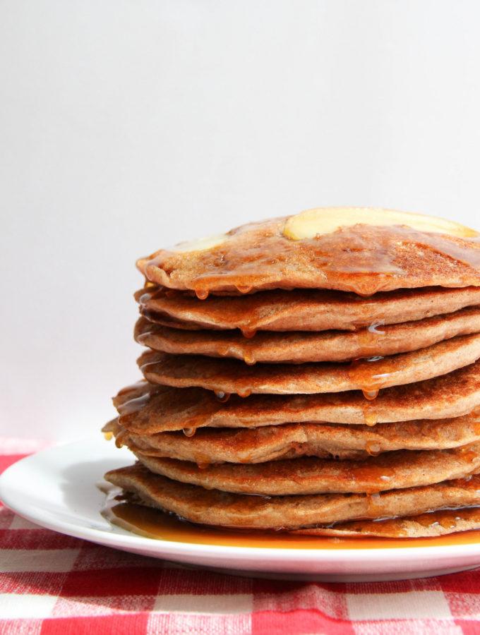 cinnamon applesauce pancakes'
