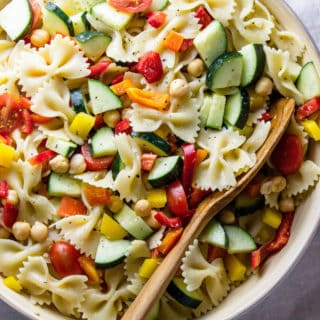 chickpea-vegetable-pasta-salad