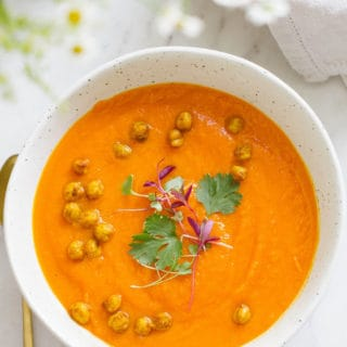 CARROT, SWEET POTATO + CORIANDER SOUP W/ ROASTED TURMERIC CHICKPEAS w/ turmeric roasted chickpeas